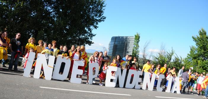 «Catalonia har for første gang et flertall av seperatistpartier i parlamentet med koalisjonen Junts pel Sí (Sammen for ja) og venstreorienterte CUP. Foto: Assembla.cat/Flickr