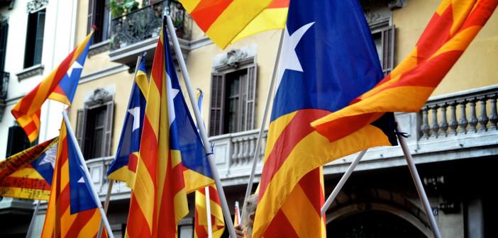 «La estelada» er det katalanske separatist flagget.Foto: Eduard Díaz i Puig/Flickr