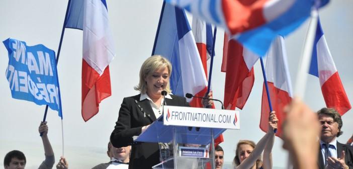 Marine Le Pen holder en tale ved sin forrige valgkamp i 2012. Foto: Blandine Le Cain/Flickr